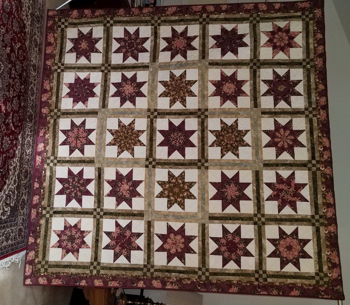 Starburst-Raffle-Quilt-2020-1-rotated